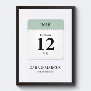 Personlig tavla med datum och kalender. Skriv in egen text.